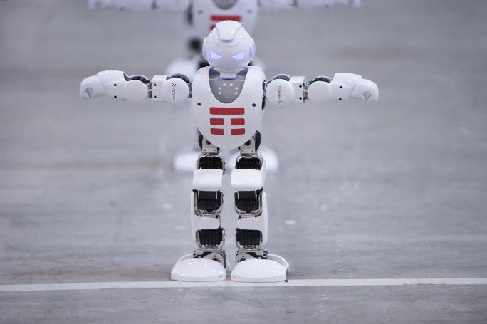 Новый мировой рекорд Guinness – 1300 роботов танцуют одновременно