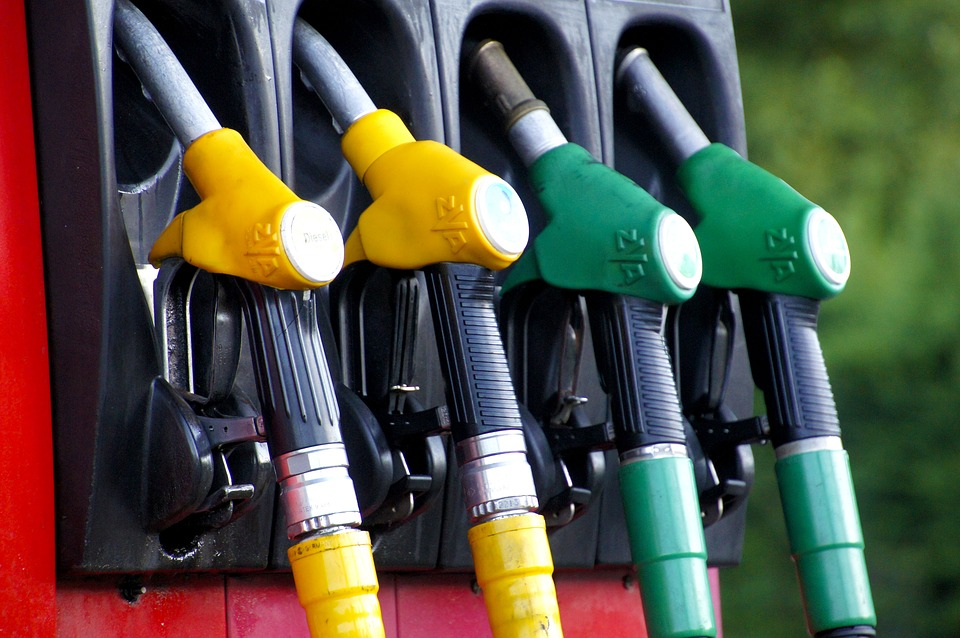 Правительство приняло решение повысить акцизы на бензин и дизтопливо с 1 января 2019 года