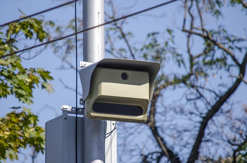 Судебные приставы будут списывать со счетов нарушителя мелкие штрафы за нарушение ПДД автоматически