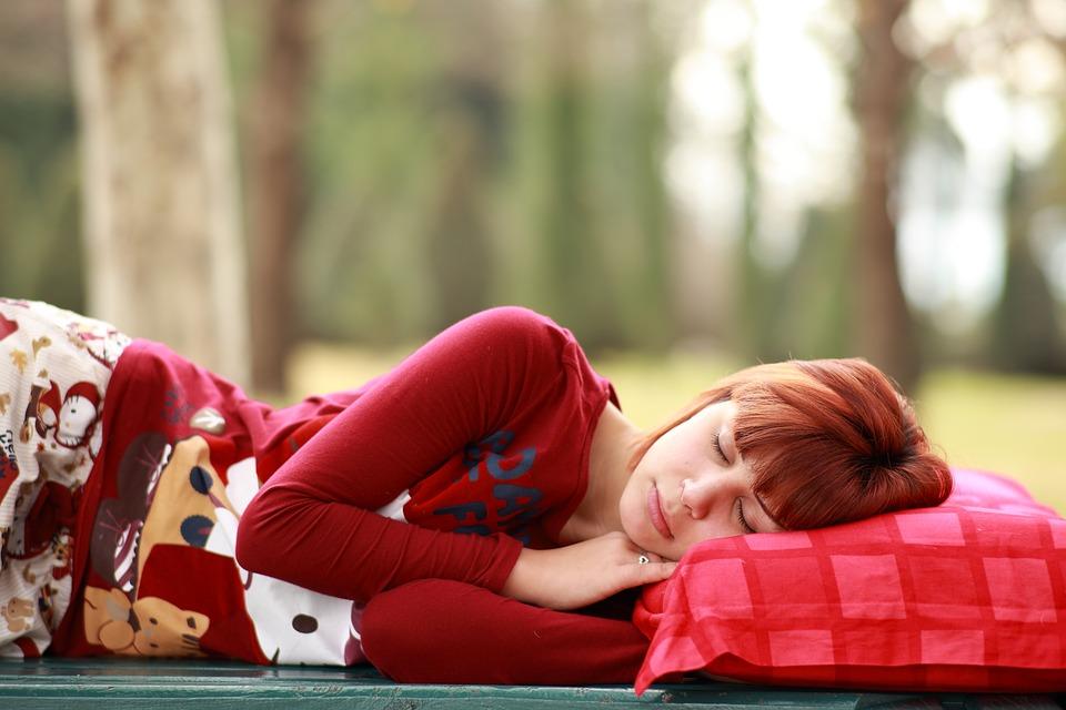 Ученые определили продолжительность сна, благоприятную для снижения риска сердечно-сосудистых заболеваний