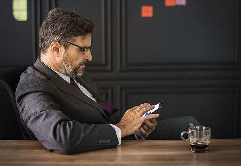 Результаты опроса ВЦИОМ о топ-менеджерах