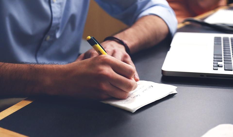 Что эффективнее, четырехдневная или пятидневная рабочая неделя?