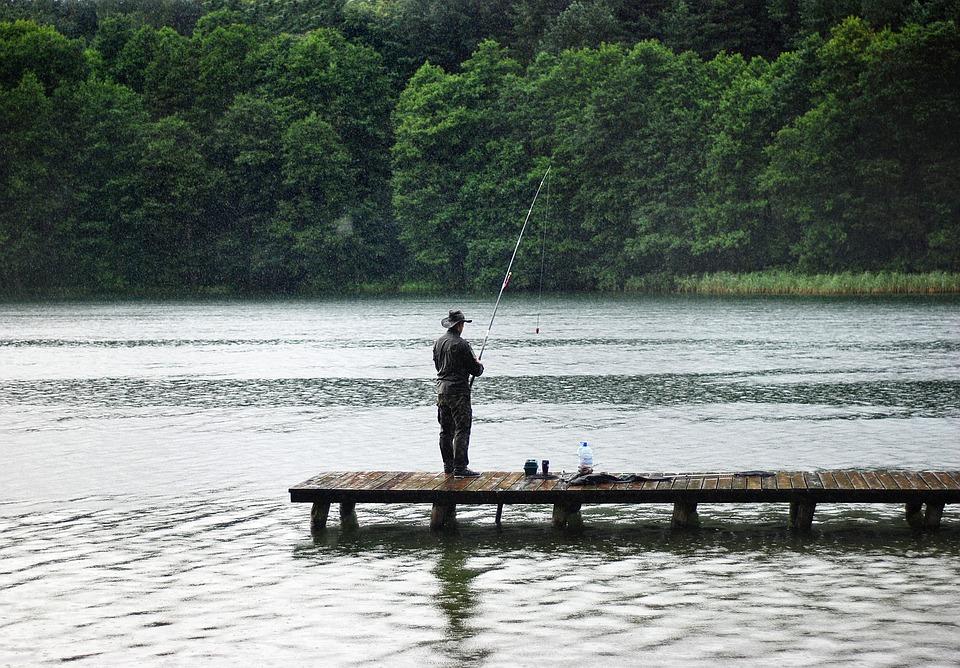 В России исчезнут платные водоемы и платные участки водоемов для рыбалки