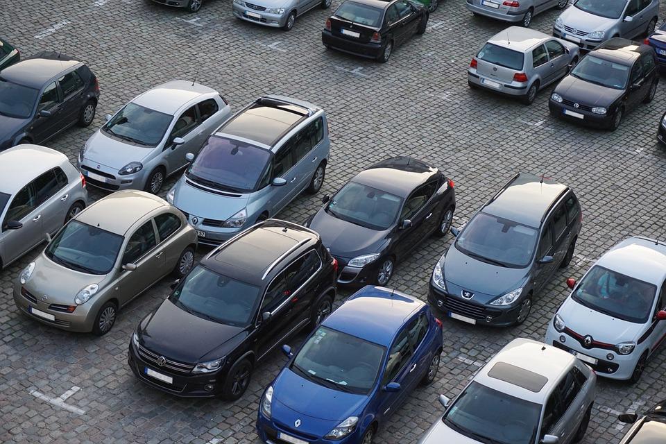 Депутаты предложили ввести налоговый вычет на покупаемые автомашины, но не для всех