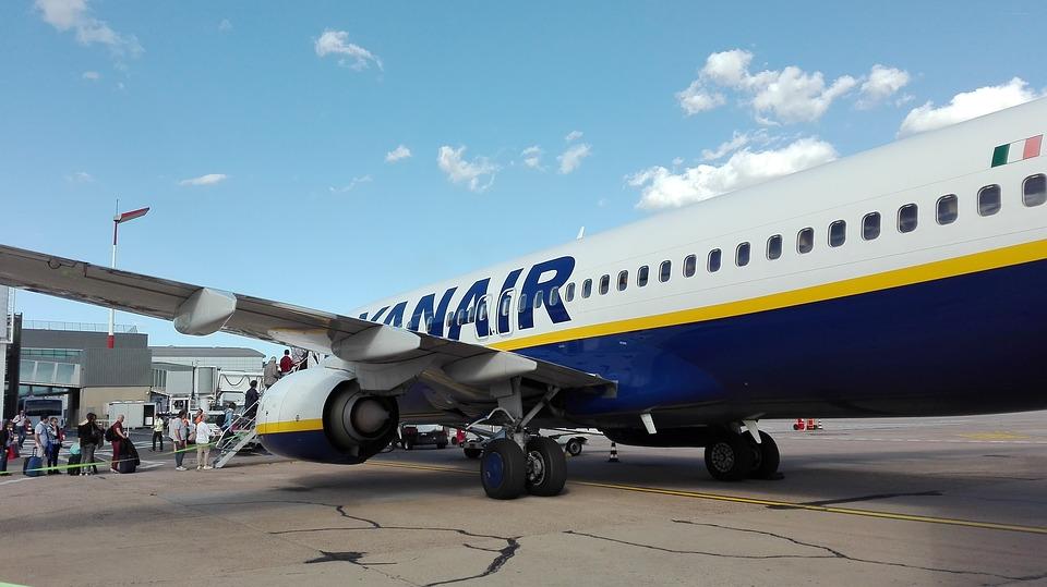 Наказание двух бюджетных европейских авиаперевозчиков