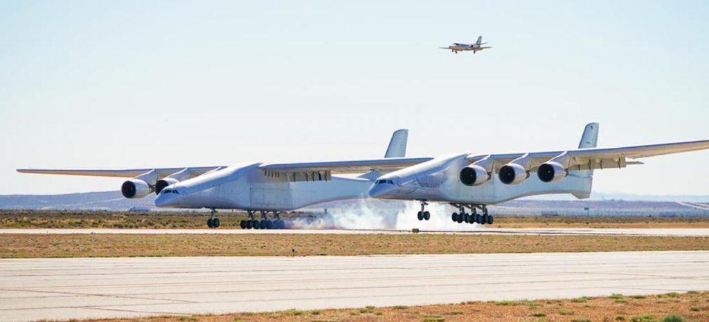 Полет самого большого самолета в мире (видео)