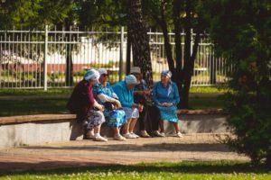 Правильна ли выборочная изоляция пожилых людей?