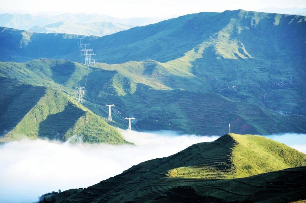 Китай ускоряет разработку и использование возобновляемых источников энергии