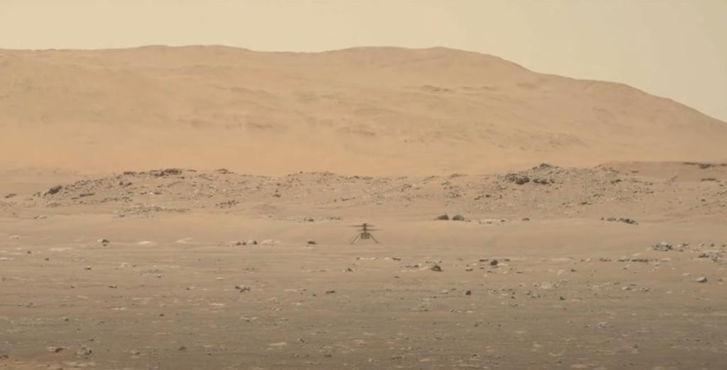 Успехи агентства НАСА на Марсе: первый в истории полет вертолета и получение кислорода из марсианской атмосферы