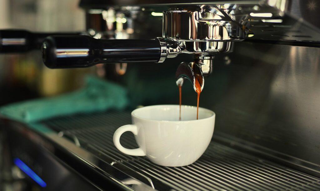 Суточная доза кофеина или сколько кофе можно пить в день?
