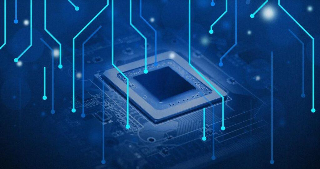 Прорыв в технологиях? IBM продемонстрировала новый процессор: меньше, быстрее и экономичнее