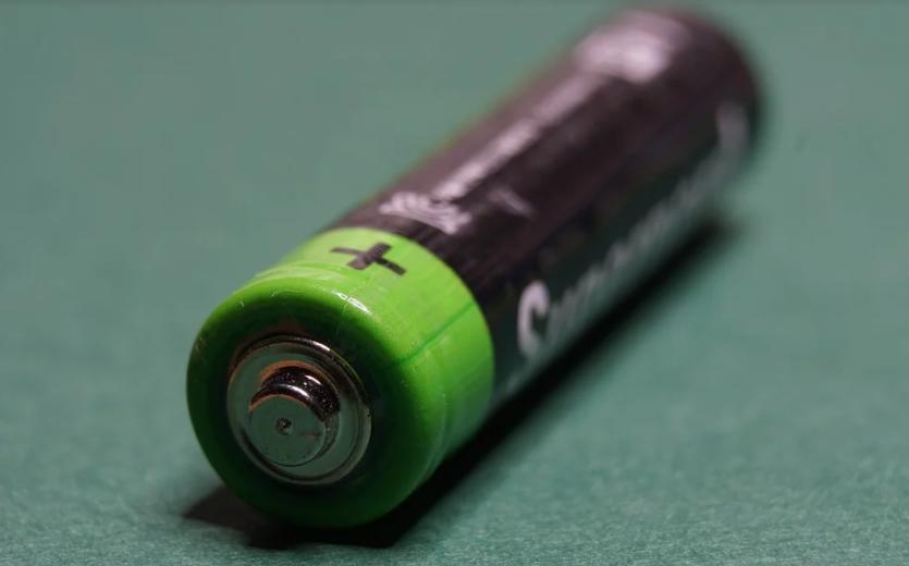 Аккумуляторы и зарядное устройство вместо одноразовых батареек: стоит ли овчинка выделки?